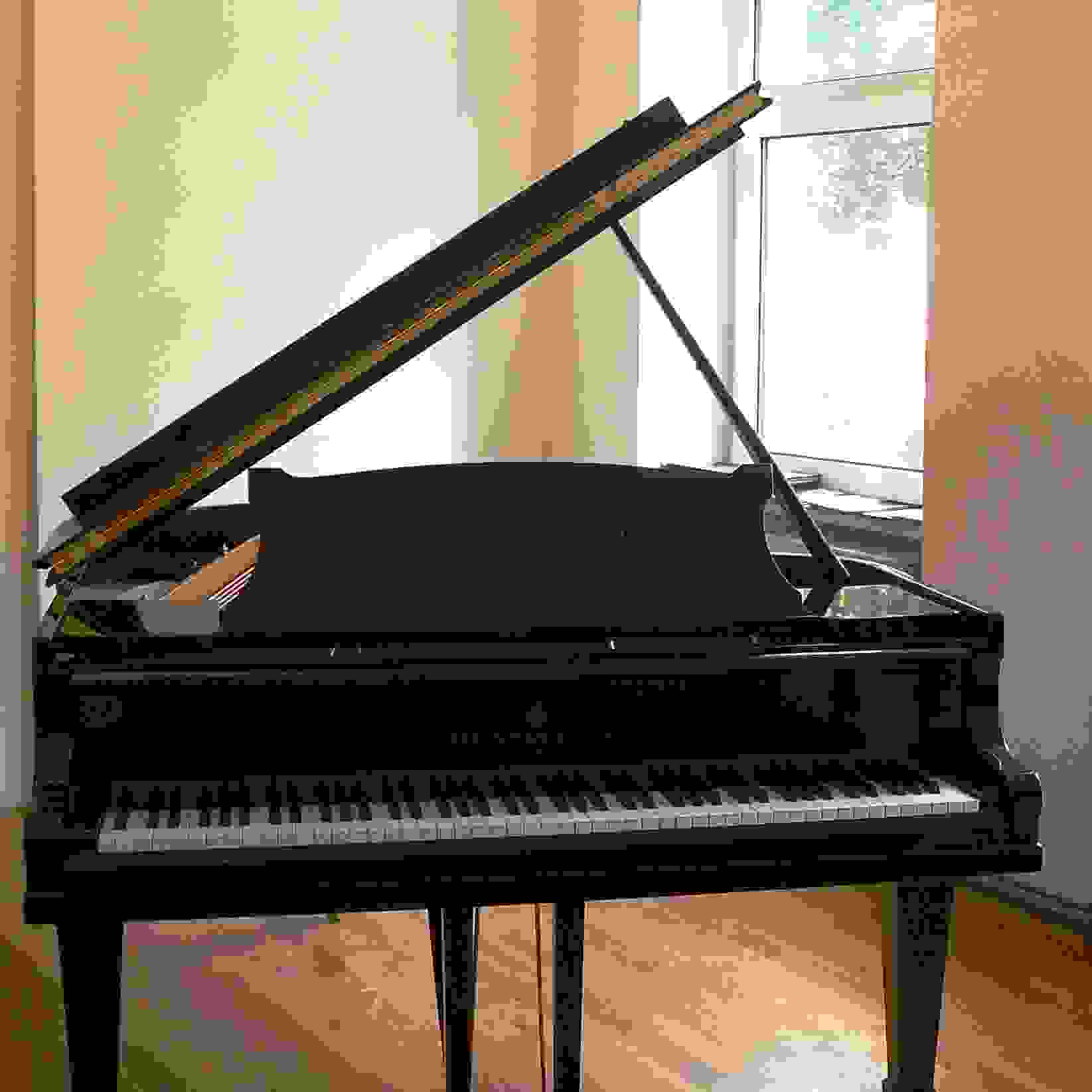 Steinway & Sons Modell M (1,70m) lang
